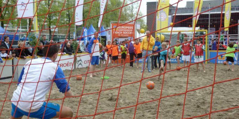 beach soccer keepen